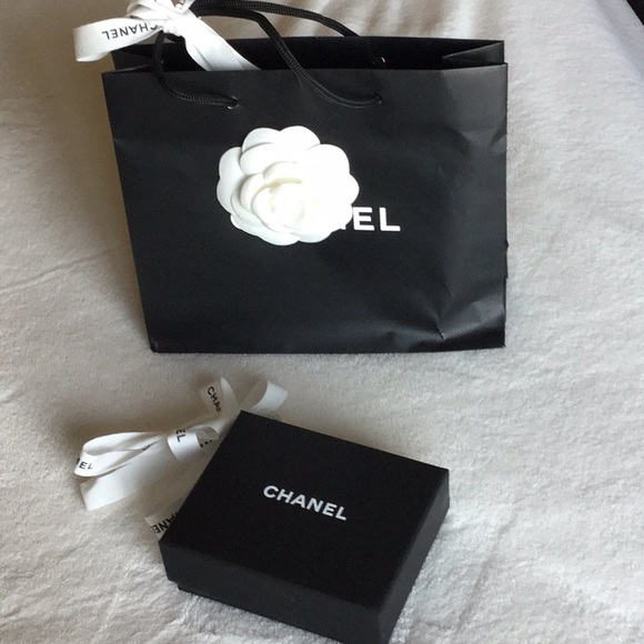 e41dd5807a46 CHANEL Handbags - Chanel necklace packaging with box and bag.